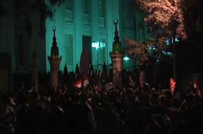 Egypt: President Mursi returns to Palace after protests