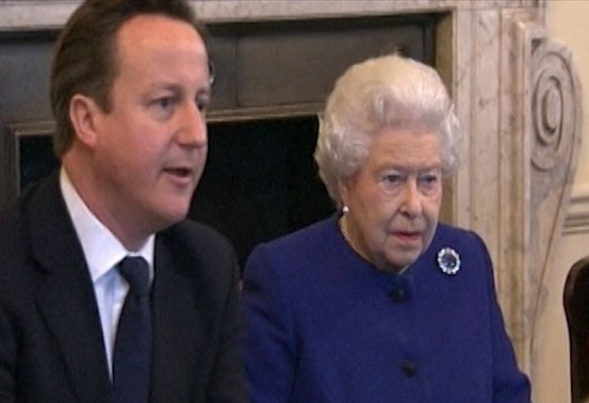 Queen attends cabinet in historic Downing Street visit