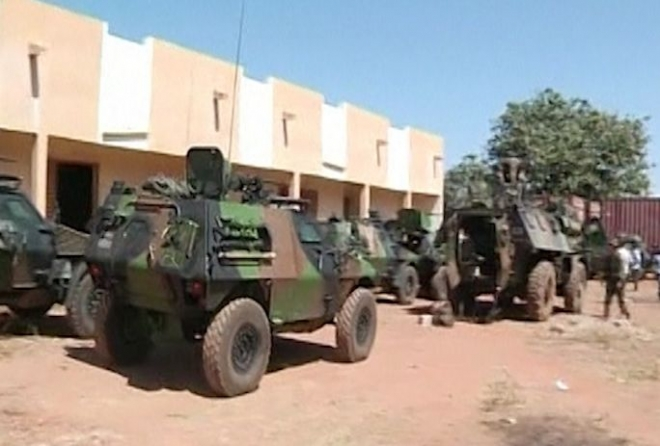 Mali conflict: French forces engaged in Diabaly