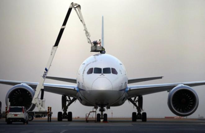 Europe & US order grounding of Dreamliners