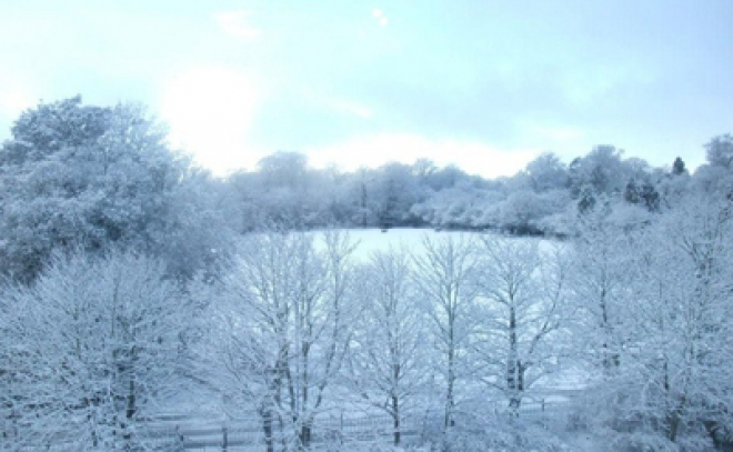 Red snowfall warning for parts of Wales is 'rare'