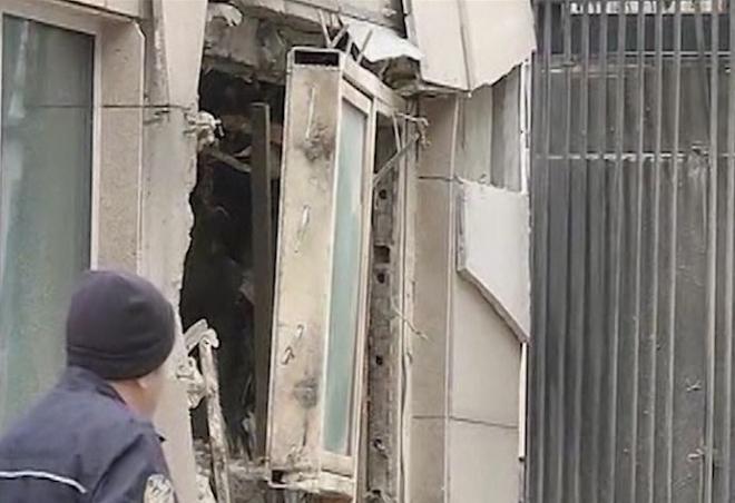 Ankara suicide bomber kills two at US embassy