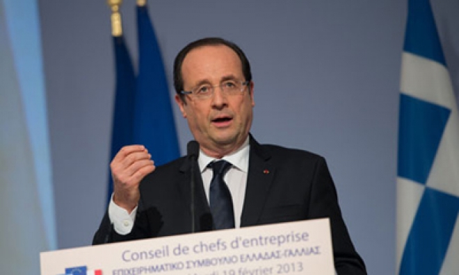 Hollande Says Seven French hostages Taken in Cameroon