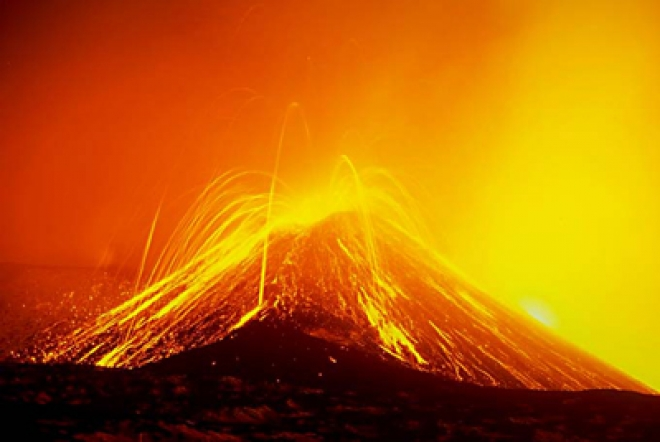 Mount Etna Puts on Spectacular Show