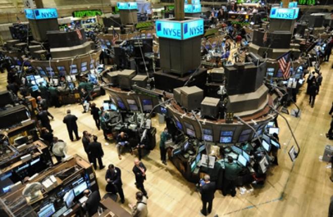 Wall Street Opens Lower on Job Data