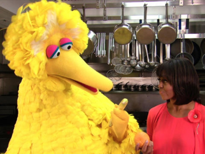Michelle Obama And Big Bird Team Up To Promote Healthy Lifestyle