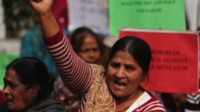 Seven-Year-Old Girl Raped in New Delhi, Angry Mob Vandalises Bus