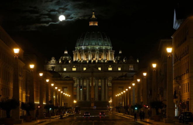 Cardinals Pray As They Meet For Pre-Conclave Talks