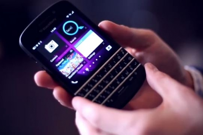 Tech Review: BlackBerry Q10