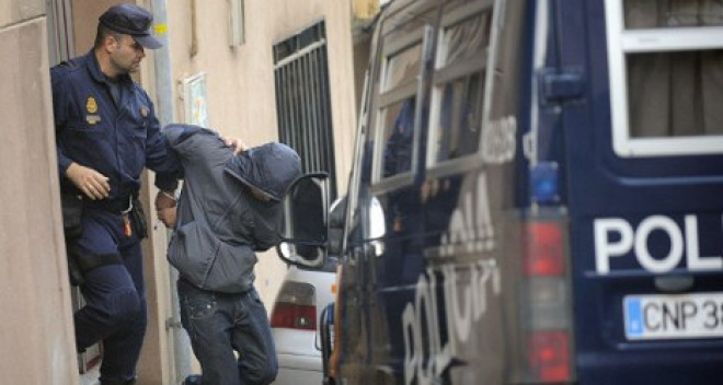 Five Tunisians Arrested For Distributing Islamist Material