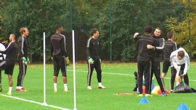 Chelsea Train Before Champions League Schalke Match