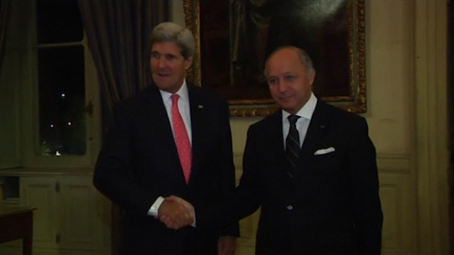 U.S. Kerry Meets Frances Fabius Over Alleged Spying