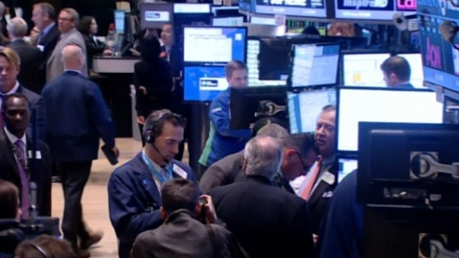Stocks Retreat As Fed Maintains Stimulus