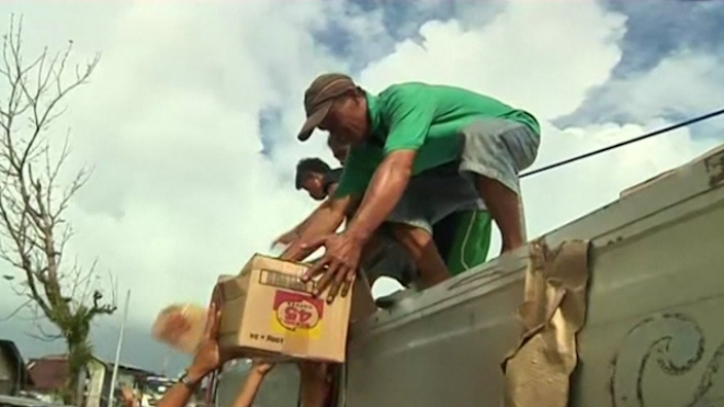 Aid Slowly Reaching Victims Of Typhoon Haiyan