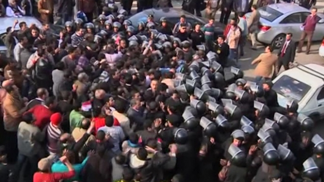 Egypt President Signs Law Restricting Protests
