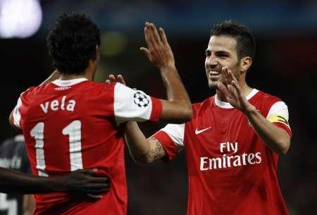 Arsenal's Carlos Vela c