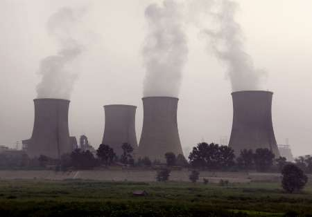 China feels heat of climate change rifts
