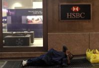 HSBC Outage: Customers Unable to Withdraw Cash as Computer Glitch Shuts Down Banking Services