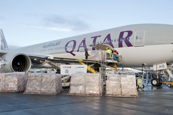 Boeing, Qatar Airways announce order for five 777s.