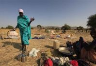 Nearly 900 people died in series of raids between two warring cattle herding tribes in South Sudan