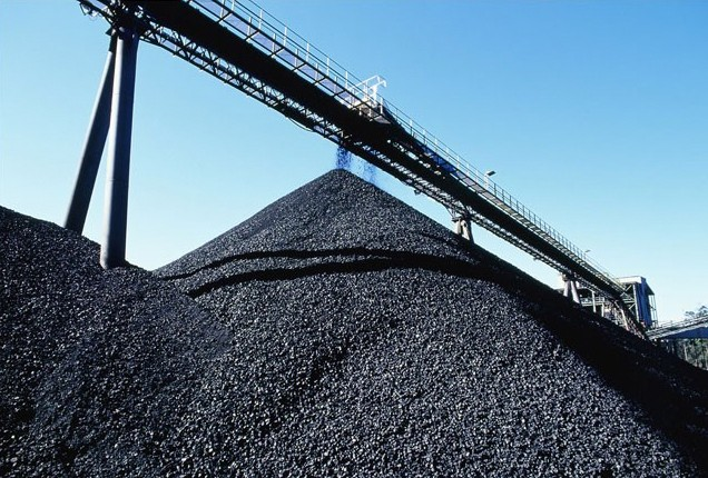Just one coal pit is to remain in the UK following an announcement to close two.