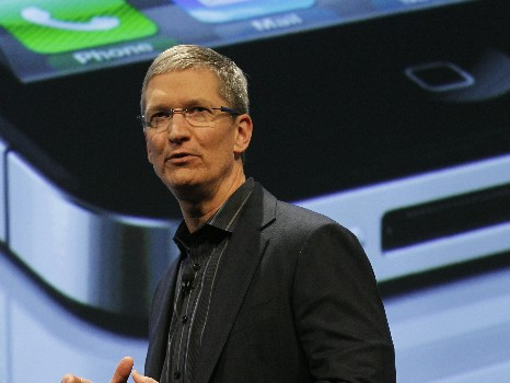 Chief Operating Officer of Apple, Tim Cook speaks during Verizon's iPhone 4 launch event in New York January 11, 2011
