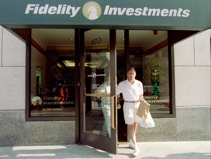 Fidelity's Bolton goes against the herd in China