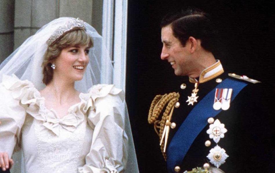 Princess Diana wedding dress voted the best ever