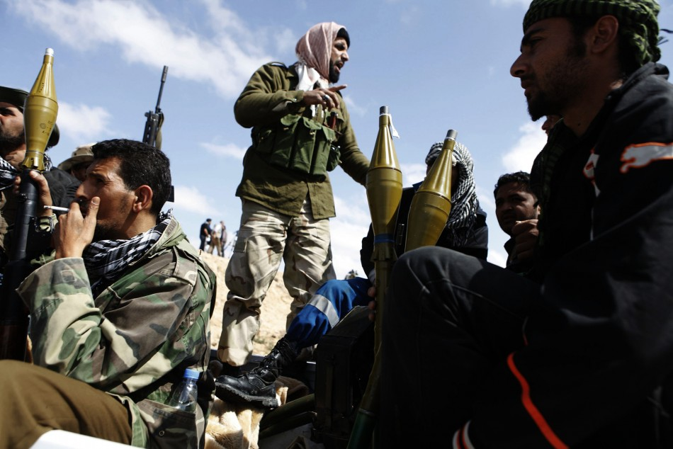 Rebels gather on the front line in eastern Libya
