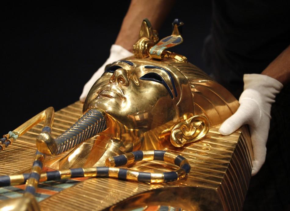 'Tutankhamun, his Tomb and his Treasures' exhibition