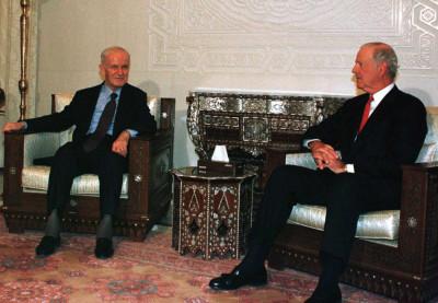SYRIAN PRESIDENT HAFEZ ASSAD DURING TALKS WITH FOREMR U.S SECRETARY OF STATE JAMES BAKER.