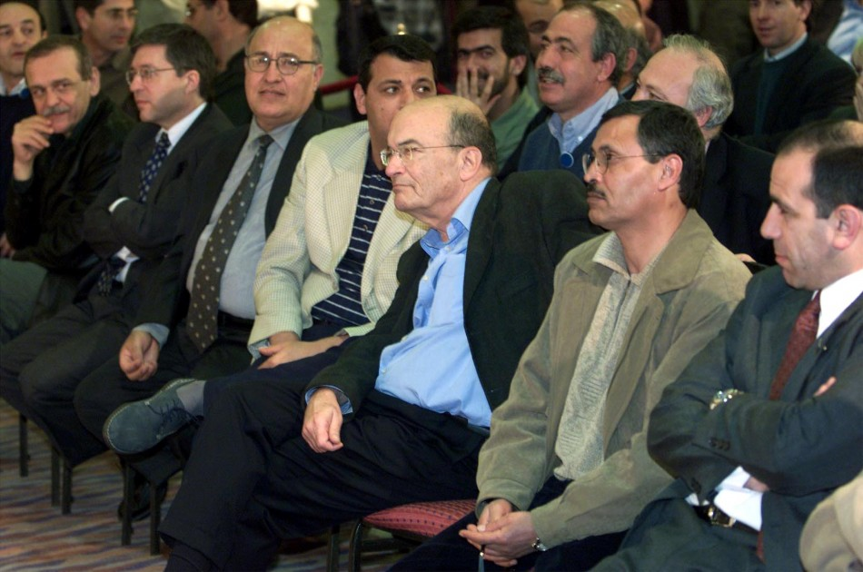 SENIOR PALESTINIAN AND ISRAELI NEGOTIATORS ATTEND JOINT PRESS BRIEFING IN TABA