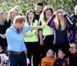 Prince Harry shows off his 'dabbing' skills