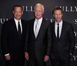 Tom Hanks, Chesley Sullenberger and Aaron Eckhart