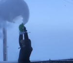 Sub-zero Alaskan temperatures instantly freeze water