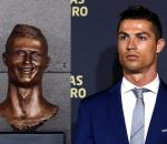 Ronaldo vs Statue