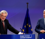 Britain's Brexit Secretary David Davis and European Union's chief Brexit negotiator Michel Barnier hold a joint news conference marking the end of the third formal negotiation session in Brussels, Belgium