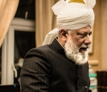 london-caliph-has-a-message-for-the-whole-humanity-including-trump